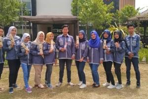 Mahasiswa Teknik Lingkungan Unmul Pasarkan Alat Makan Ramah Lingkungan