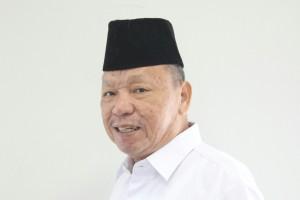La Sina, Dulu Cleaning Service, Kini Siap-Siap Guru Besar