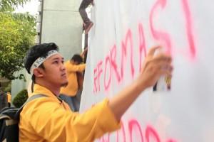 Konsisten Perjuangkan Indonesia