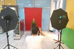 BPU Unmul Buka Layanan Foto Studio