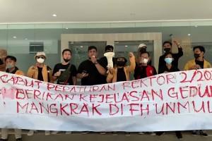Aliansi FH Menggugat: Cabut Kenaikan UKT Mahasiswa Mandiri, Perjelas Gedung Mangkrak di FH