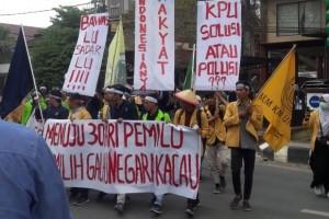 Kawal Pemilu, Aksi Garda Kaltim Pecah di Kantor KPU