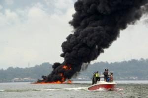 Tidak Cuma Nyinyir, Ini Aksi Warga Balikpapan Atasi Bencana Tumpahan Minyak