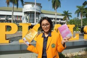 Alive and On dan Epiphany: Buku Karya Mahasiswa Ilmu Komunikasi
