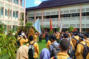 Protes Mahasiswa Teknik Kebijakan Off D3 Teknik Pertambangan